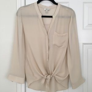 Joie silk button up tie front blouse. Extra small.